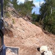 Tiendas Roca - Anivelación parcela en un talud
