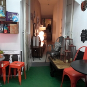 Showroom vintage calle Puebla, 13