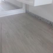 Instalación suelo laminado autoportante de PVC