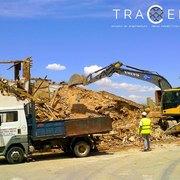Trabajos durante la demolición de la vivienda