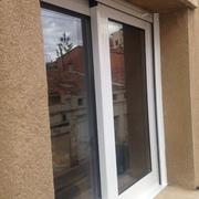 Instalación ventanas de aluminio CRS 65 RPT en Calle Pau Claris de Sabadell