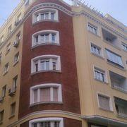 Vista fachada C/ Escosura con Casarrubuelos