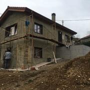 Construcción de vivienda unifamiliar aislada.