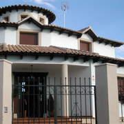 VIVIENDA UNIFAMILIAR EN CASAS DE HARO (fachada)