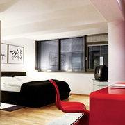 Habitación con detalles en color