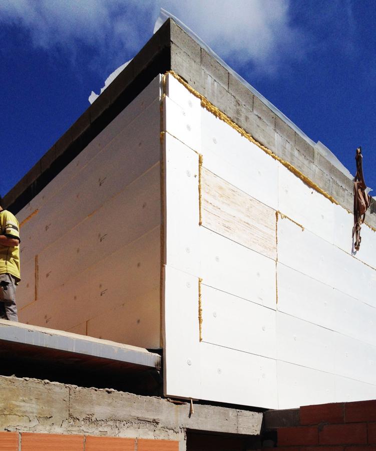 08023-Arquitectos-Aislante2