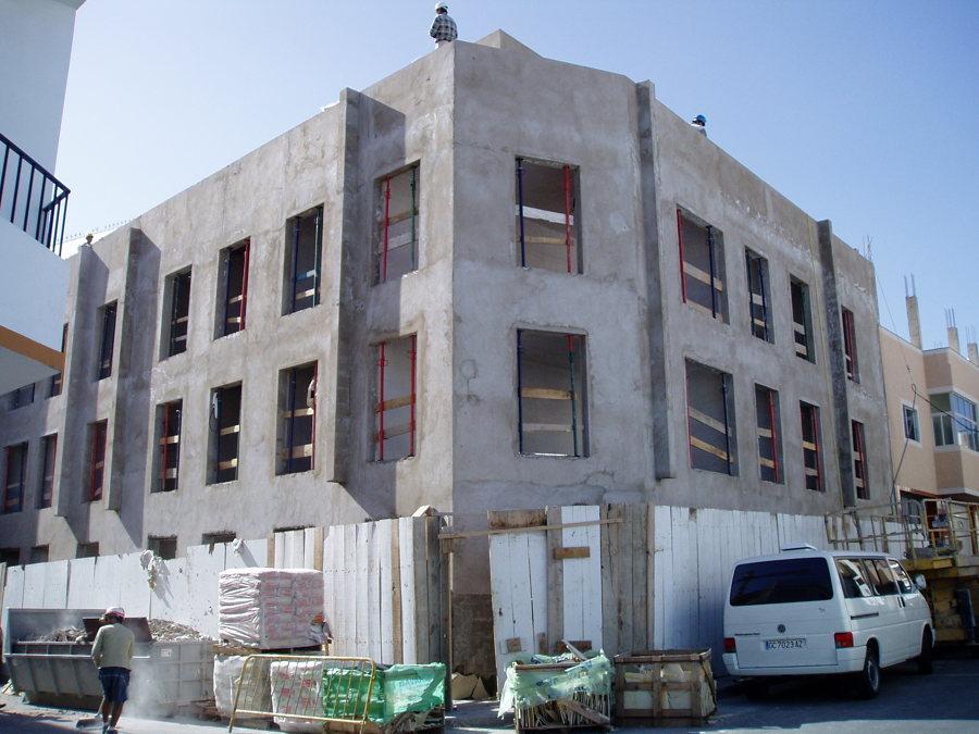 10 viviendas construcción (antes).JPG