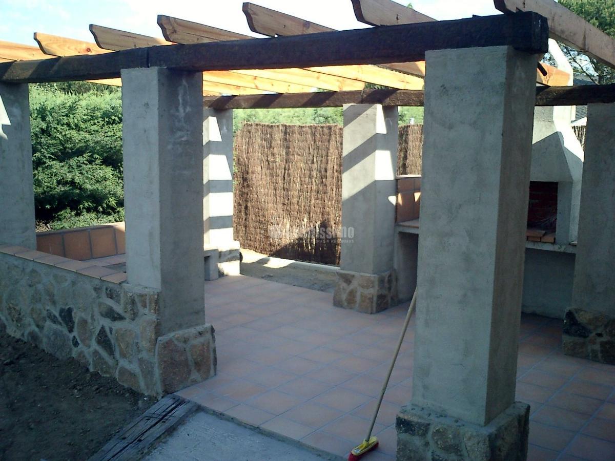 Reforma integral de vivienda jardin y ejecuci n de for Viviendas jardin