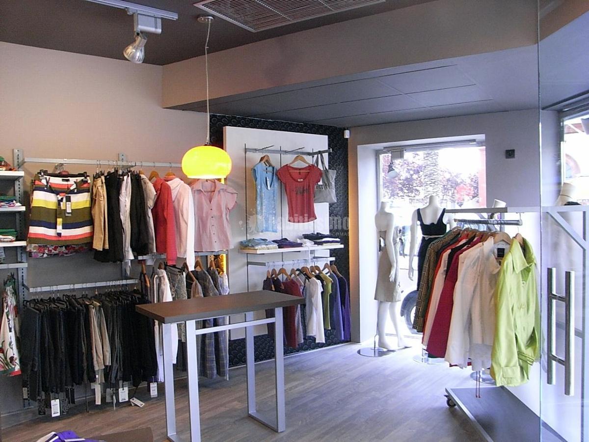 Foto tienda de ropa joven de project art dise o 110466 for Disenos de tiendas de ropa modernas