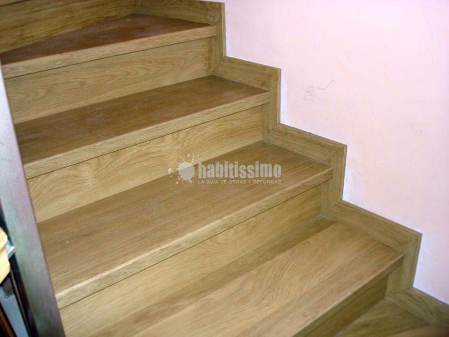 Forrado de escalera con laminado de Quick Step