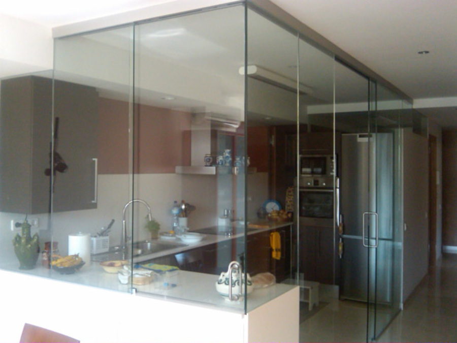 Caracter sticas de las paredes de cristal ideas reformas - Cristales para paredes ...
