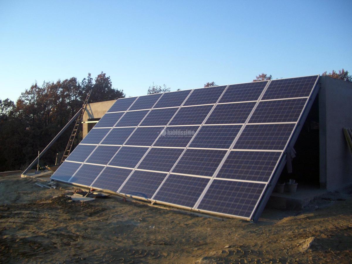 Fotovoltaica aislada para 20 kWh día