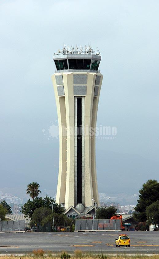 Proyectos Básico y de Ejecución de Torre de Control del Aeropuerto de Málaga.