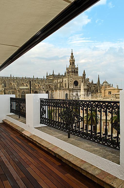 Reforma en vivienda en Avenida de la Constitución (Sevilla)