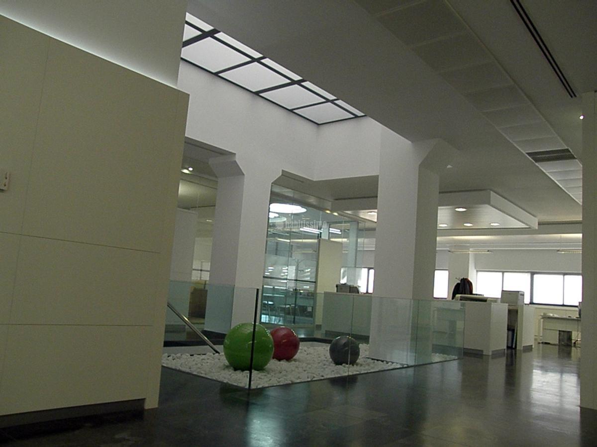 Interiorismo y Equipamiento Oficinas Ortiz