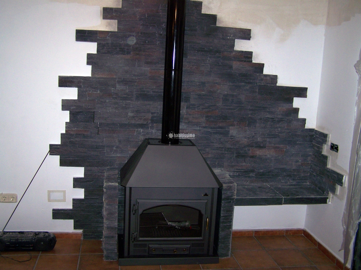 Colocación de piedra en chimenea