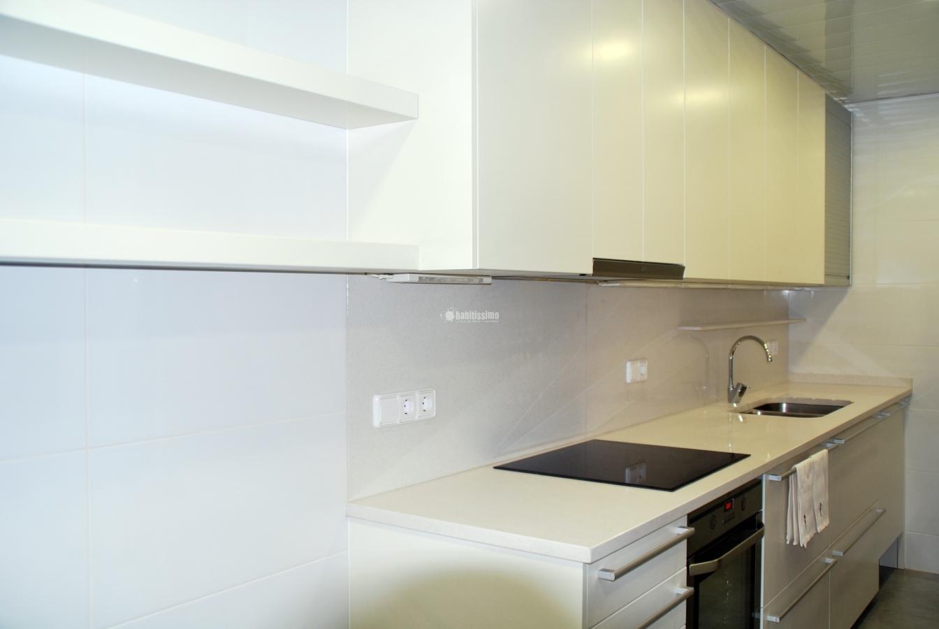 Foto reforma cocina de marc elvira sl 113031 habitissimo - Reformas cocinas sevilla ...