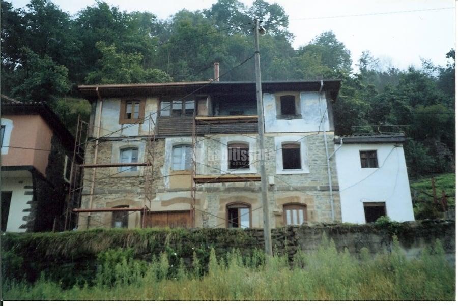 de fachadas de casas rurales