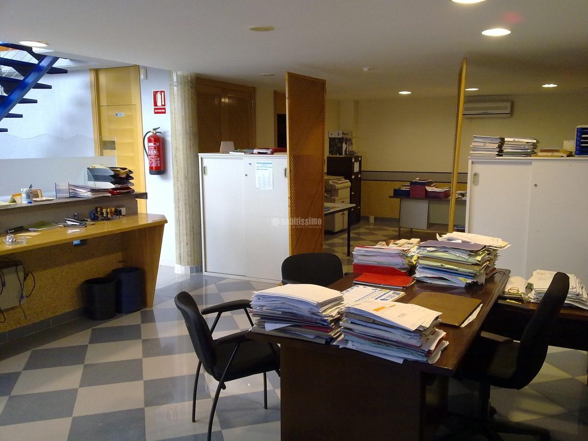 Nave industrial y oficinas