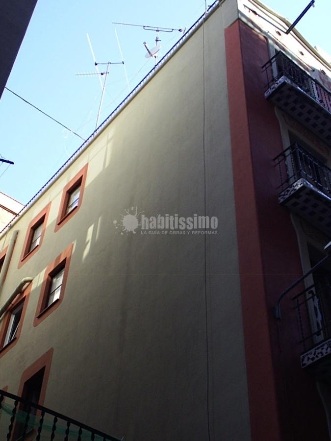 Foto restauraci n de fachadas y patios interiores de - Arquitecto tecnico barcelona ...