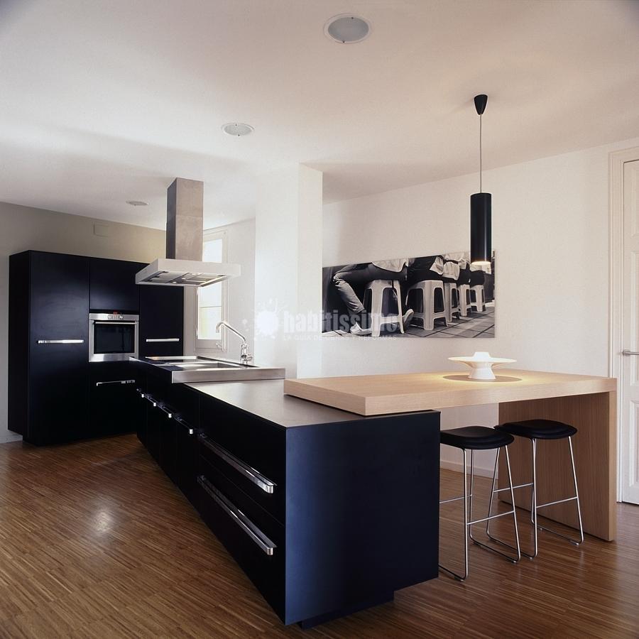 Un loft que gira alrededor de la cocina