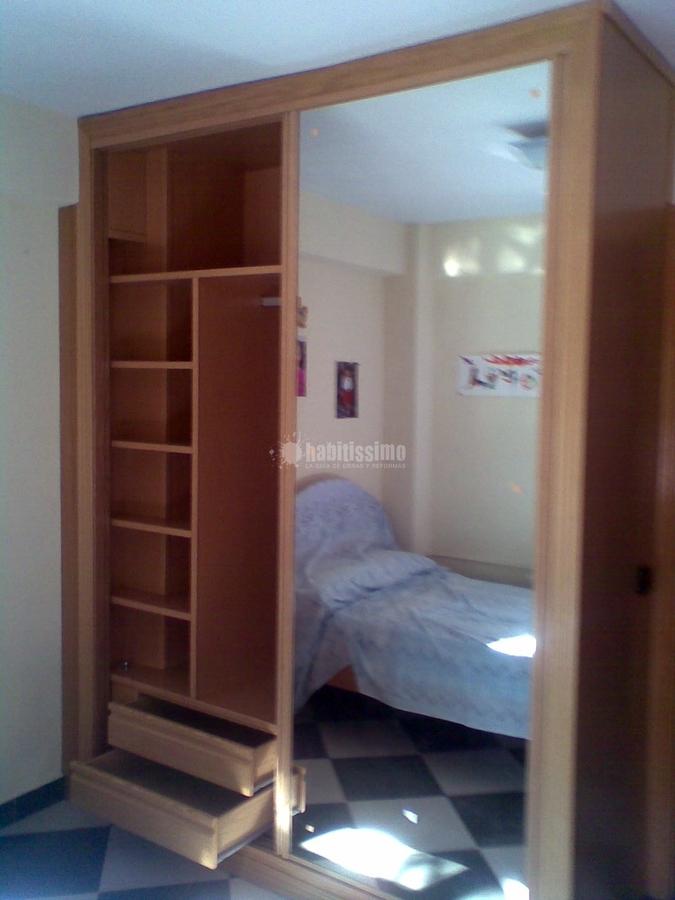 Foto instalaci n de armarios de puertas y armario a - Armarios a medida tenerife ...