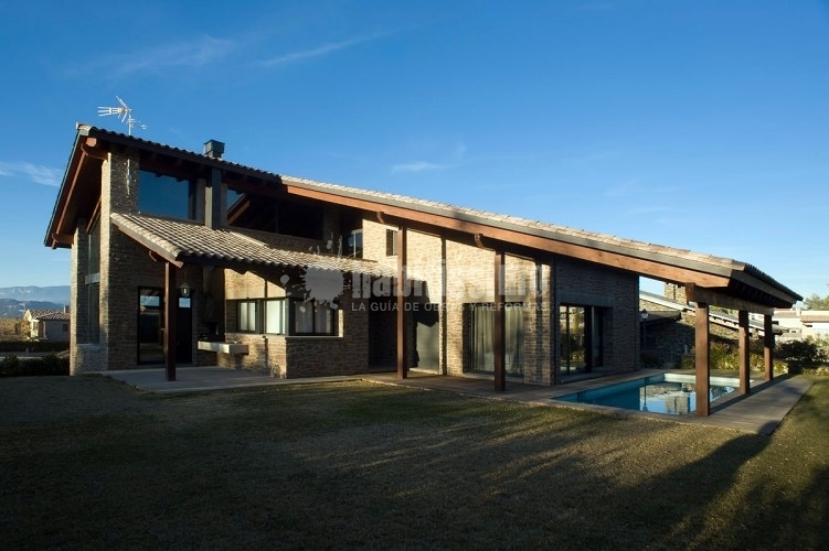 Habitatge Unifamiliar Aïllat