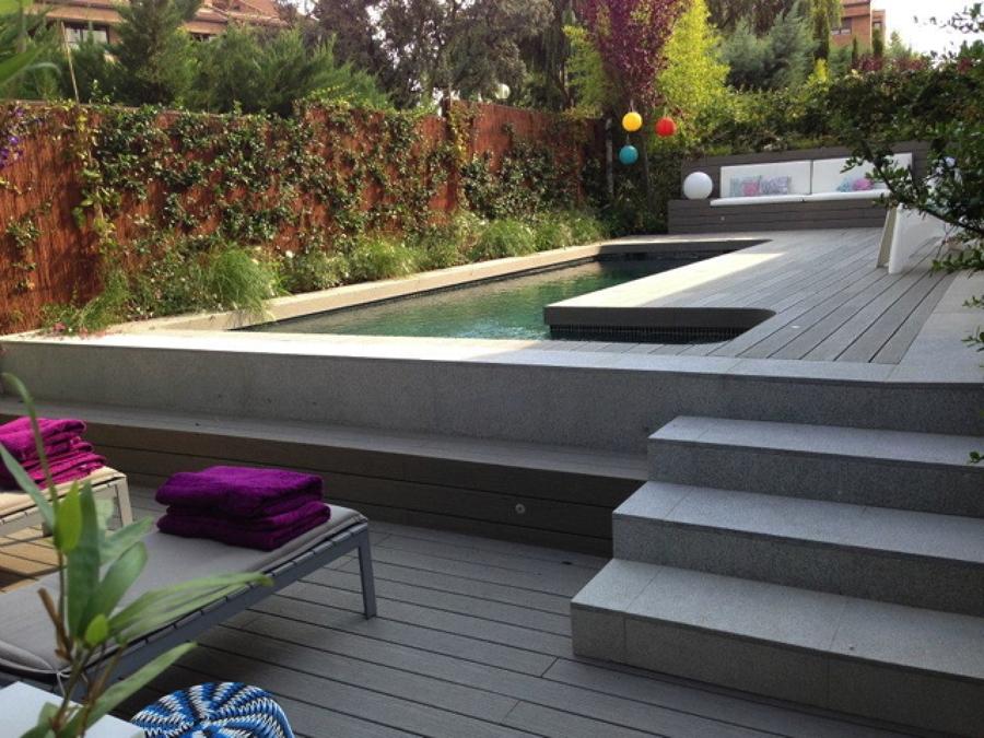 Dise o de jard n y construcci n de piscina gunitada - Fotos de piscinas y jardines ...