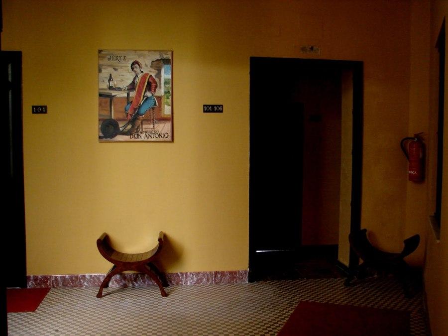 2008:  Pintura Temática de Jerez. Hotel Al Andalus-Jerez. (40 cuadros para Hall y habitaciones).