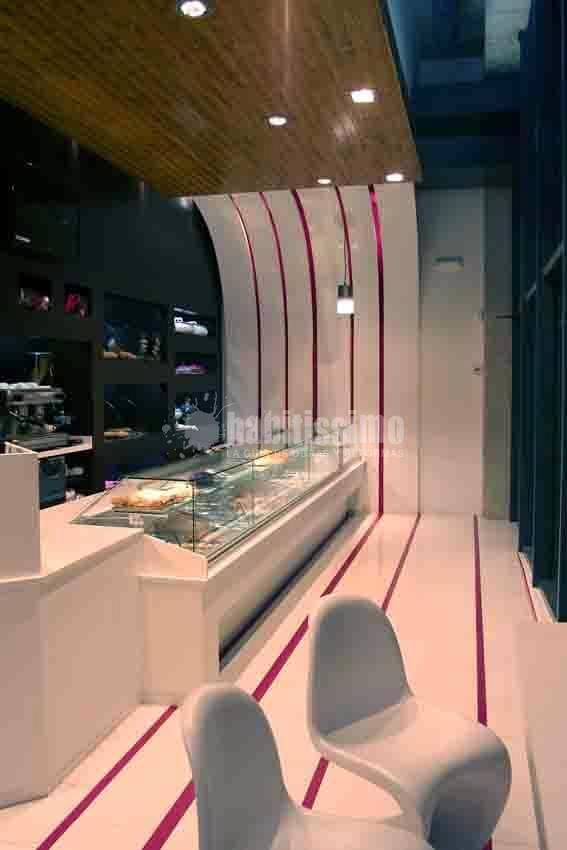 Pastelería y Panadería En Centro Comercial