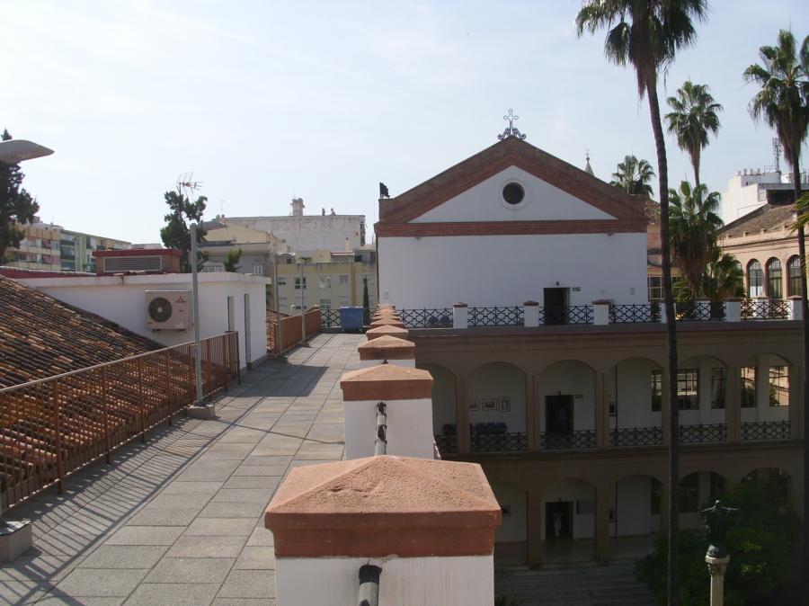 Rehabilitaci n terrazas hospital civil de m laga ideas for Construccion de casas en terrazas