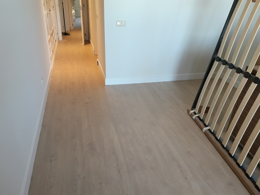 Instalaci n de suelo laminado en estepona ideas parquetistas - Instalacion de suelo laminado ...