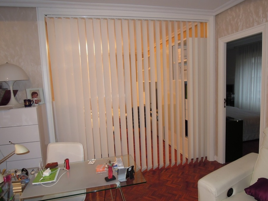 C mo dividir ambientes ideas muebles for Cortinas para separar ambientes