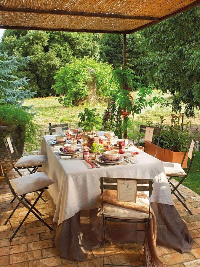 6 claves para transformar tu casa al estilo provenzal for Muebles para patios interiores