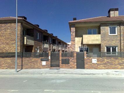 Urbanización de 25 viviendas adosadas