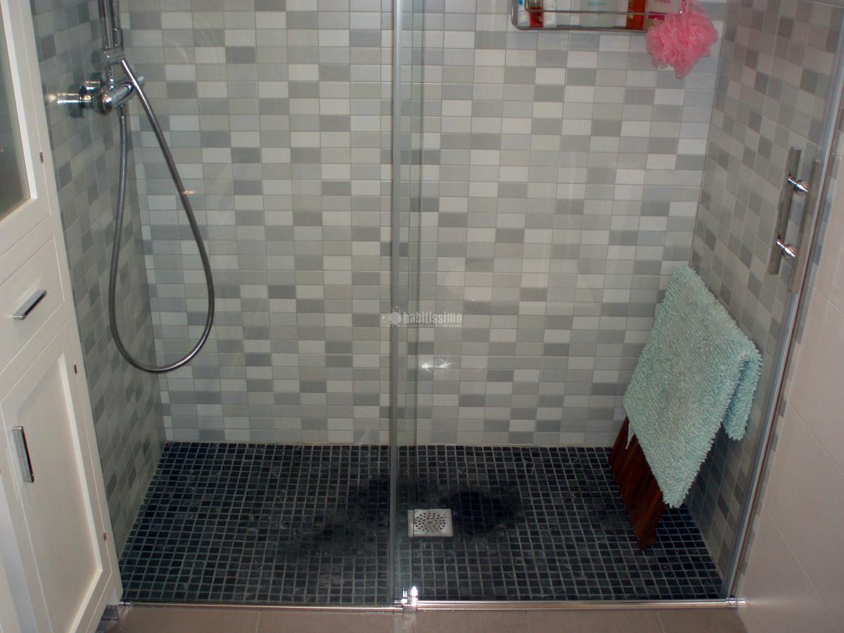 Reforma ba o con plato de ducha de obra ideas reformas - Banos platos de ducha ...