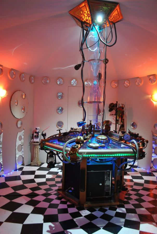 50_8-Sci-Fi-Rooms-and-Homes-That-Are-Out-of-This-World_0-f1