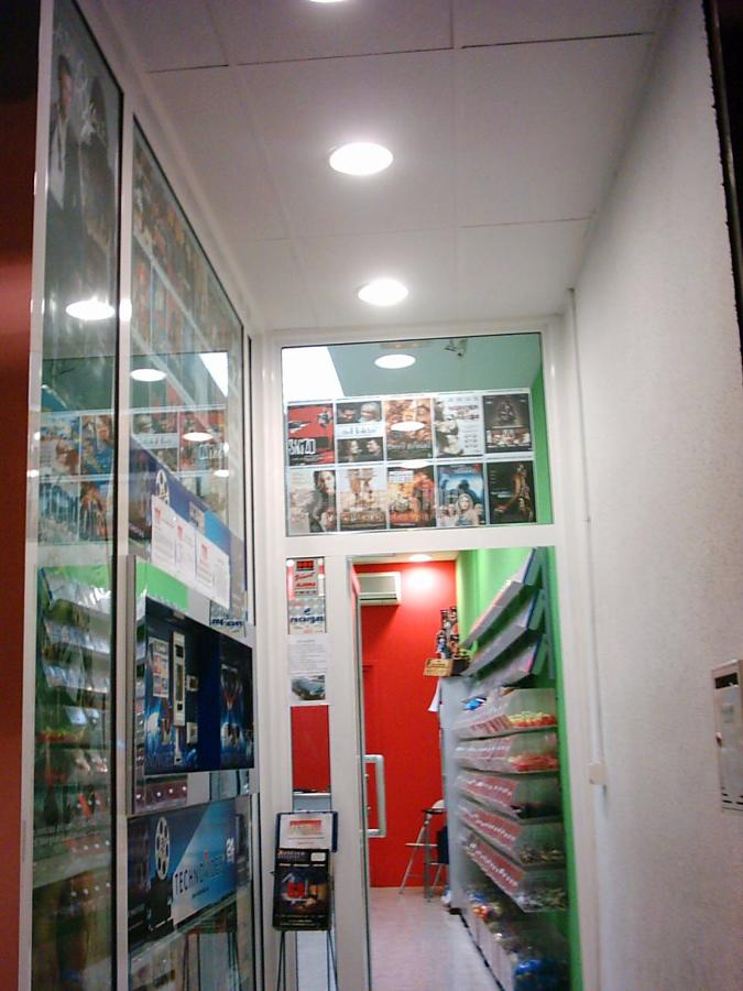 Foto videoclub tomavideo en l 39 hospitalet llobregat de rs - Instalaciones y reformas ...