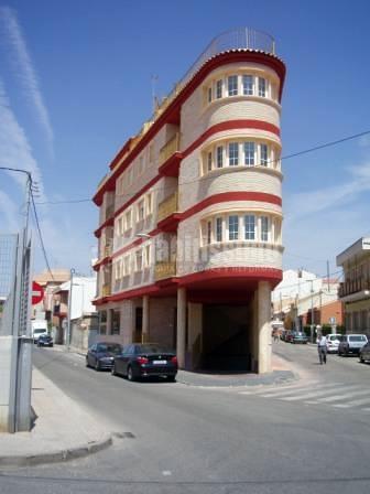 Edificio Triángulo en la Alberca (Sede del Estudio de Arquitectura Mariñoso)