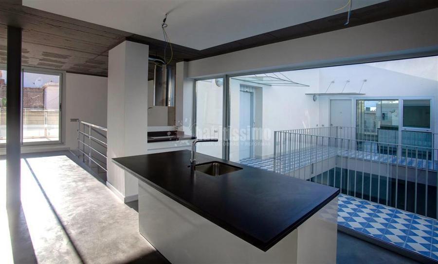 Casa tipo loft con isla central ideas muebles for Casa moderna tipo loft