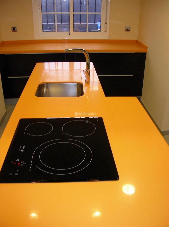 Cocina comedor con lavadora y secadora ocultas - Lavadora en la cocina ...