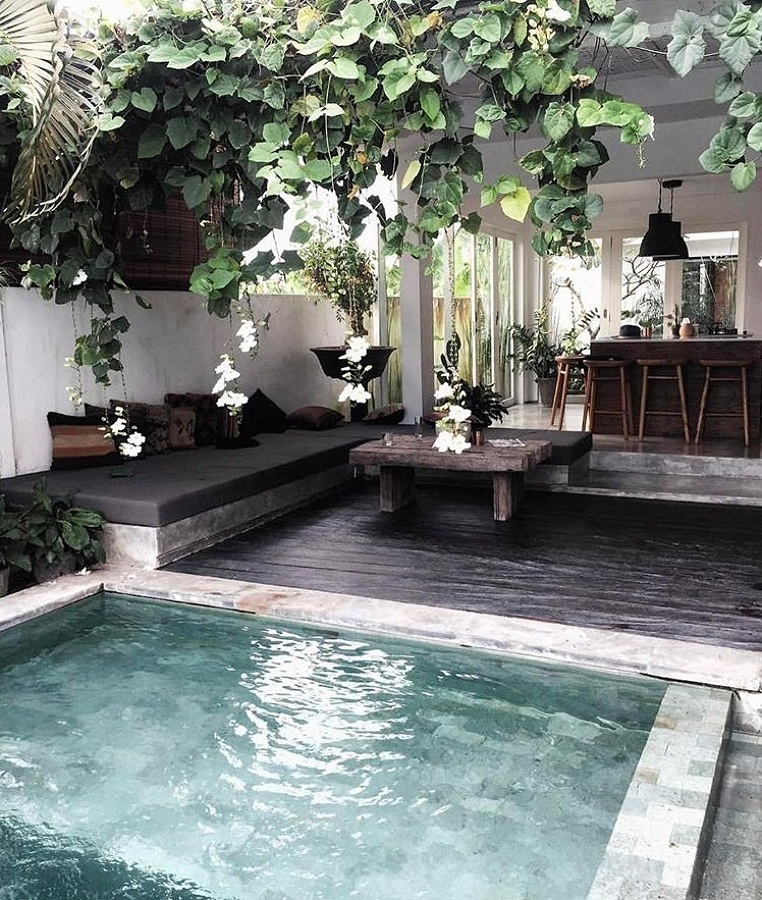 7. Piscina tropical