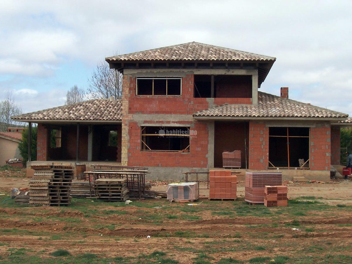 Instalación eléctrica de vivienda en Castralvo, Teruel