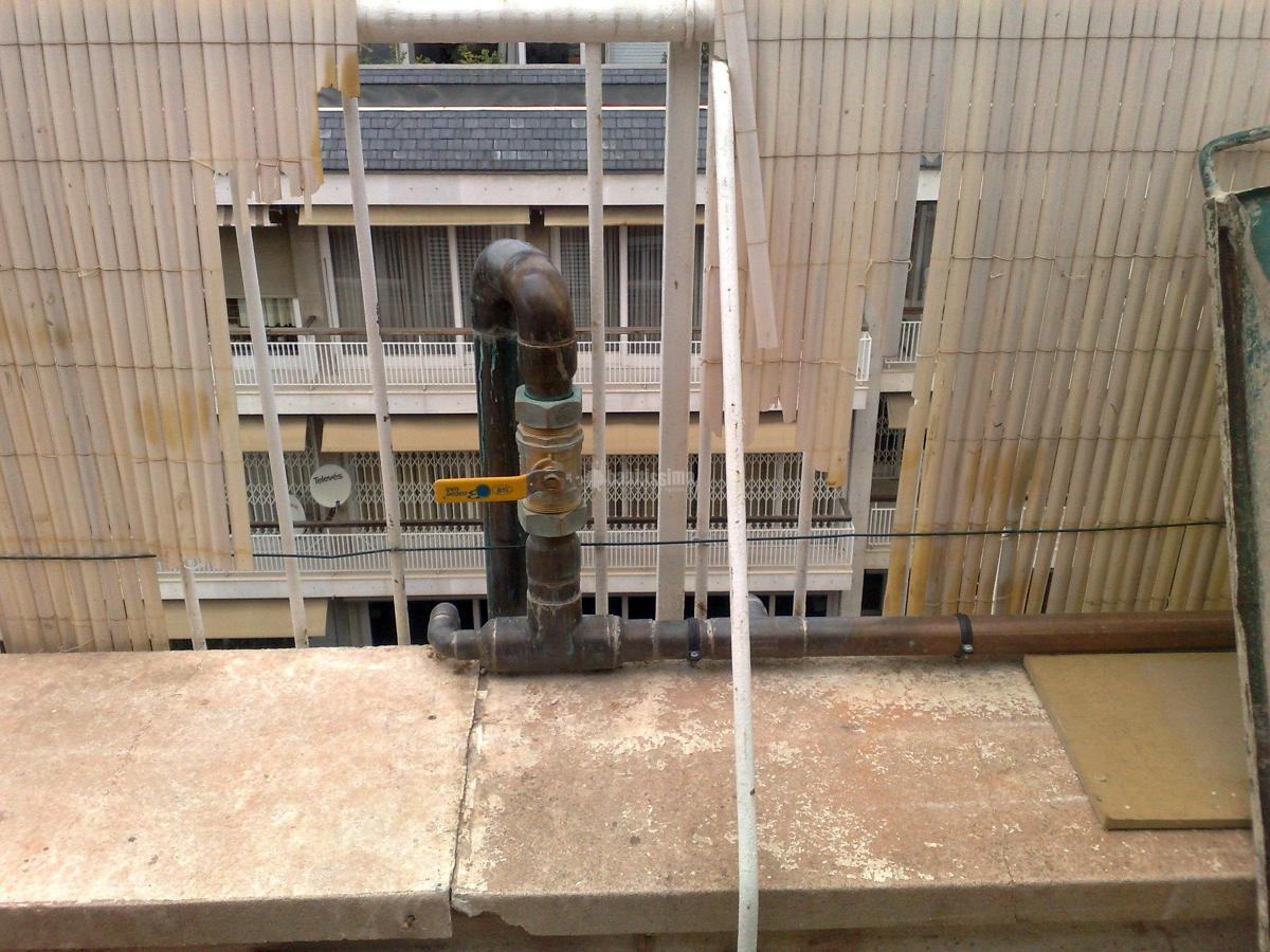 Instalacion de gas en un piso de la calle Modolell, Barcelona