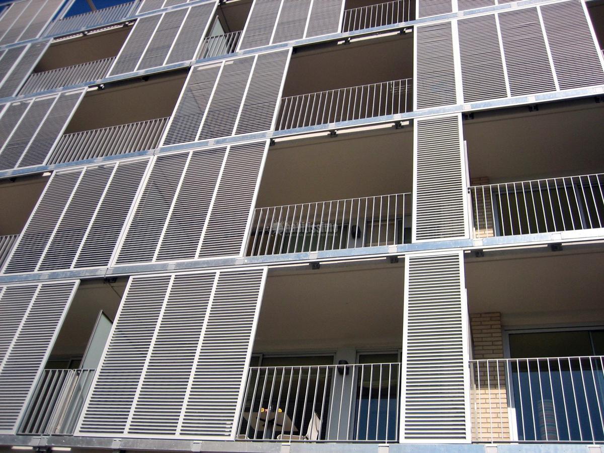 Promoción de 210 viviendas 2009-04