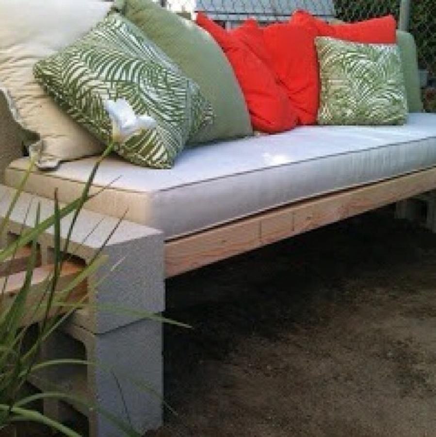 C mo hacer muebles de jard n con bloques de hormig n for Muebles de jardin precios