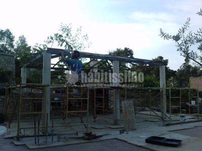 Construcción de Barbacoa con Techo de Obra