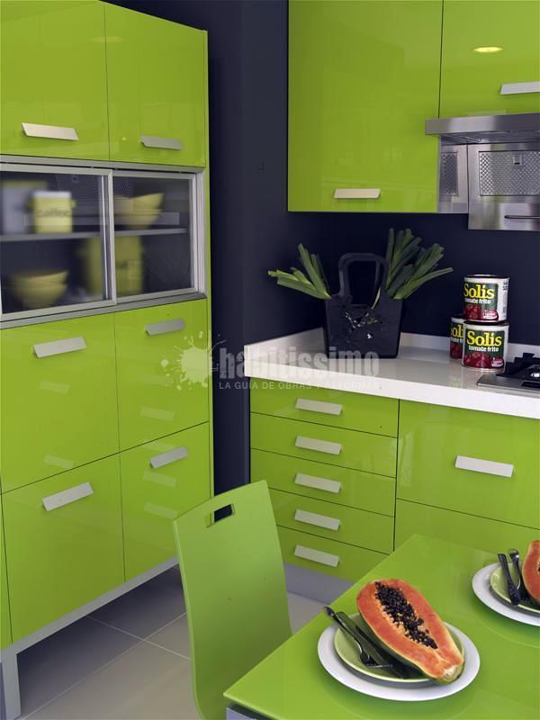 Foto muebles de cocina yelarsan modelo look verde de for Muebles de cocina zamora