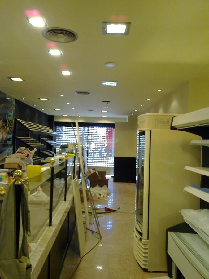Reforma locales comerciales panaderias degustación Artesano en Barcelona