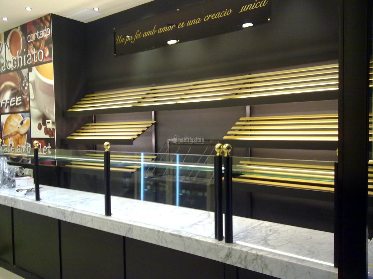 Reforma locales comerciales panaderías degustación Artesano Fabra i Puig 252  Barcelona